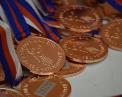AM CR halova atletika 2020 medaile
